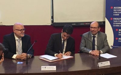 Signature de la convention Volont'R par Gabriel Attal