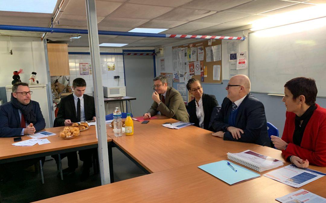 Première visite en 2019 pour le préfet Alain Régnier. Le délégué interministériel reprend son tour de France pour aller au contact des acteurs et saluer les belles initiatives de terrain.