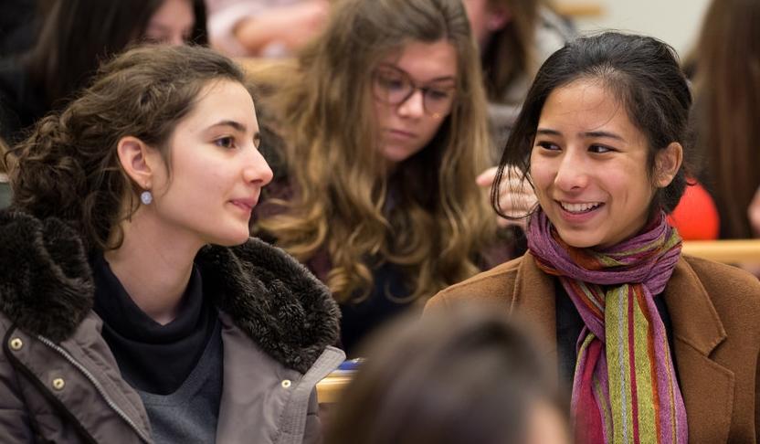 « Fai'r » : lancement d'un appel à projets pour l'engagement des jeunes en faveur de l'intégration des personnes réfugiées