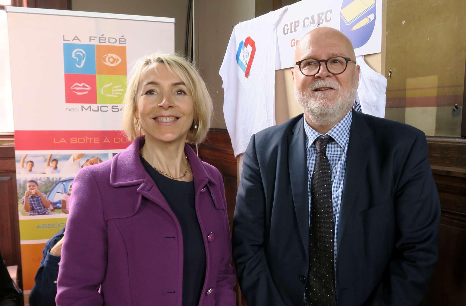 Béatrice Angrand (SERVICE CIVIQUE) et Alain Régnier (Diair)